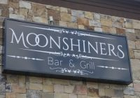 Moonshiners Bar & Grill